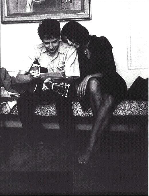 Resultado de imagen de asiento trasero mujer foto blanco y negro