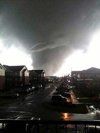 tornadotuscaloosaenlarged.jpg